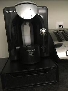 Tassimo T55 single cup coffee maker and pod tray