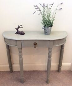 Château grey console table