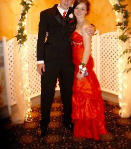 Red prom dress Cornwall Ontario image 1