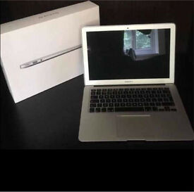 "Macbook Air 13"" 2015 i5/ 1.6Ghz/ 8GB RAM/ 256GB SSD !!ONLY USED 116 HOURS!!"