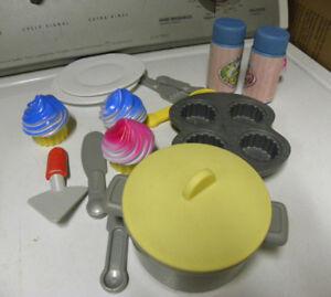 Vaisselle-jouet ET cuisinette LITTLE TIKES pour enfant