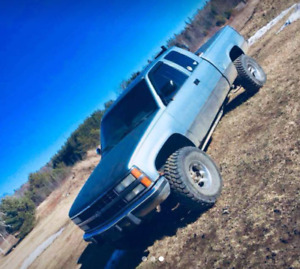 91  Chevy 1500 for best offer..price is negotiable