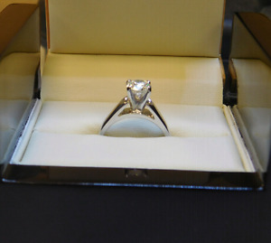 1.06ct 18k White Gold lady's engagement ring app @ $20, 000.00