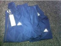 Mens adidas tracksuit size L