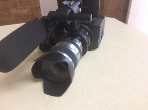 Sony NEX fs100 Camcorder Video Pro Camera Burbank Brisbane South East Preview