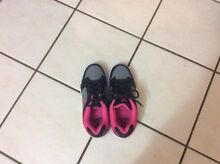 Roller shoes - brand new size 6 Trinity Park Cairns Area Preview