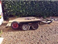 Car trailer fits a 4x4