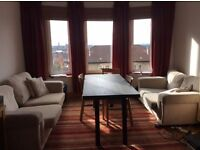 Double bedroom, two bedroom flat to share in Glasgow West End.