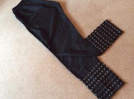 Cotton trousers with buttons & design in ankles brand new