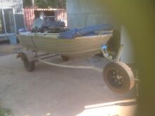 12ft tinnie 25hp 4 stroke McMinns Lagoon Litchfield Area Preview