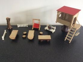 Sylvanian Families Vintage 80's Treehouse, including rare owl & swing, plus furniture.