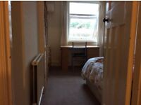Furnished double room to rent - ideal for students - £425 pcm+ bills - tenancy ends in August