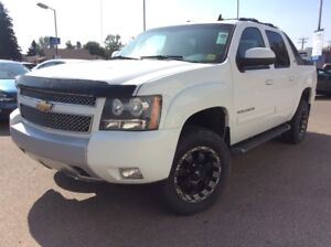 2011 Chevrolet Avalanche 1500 LT Bluetooth & Rear Audio Controls