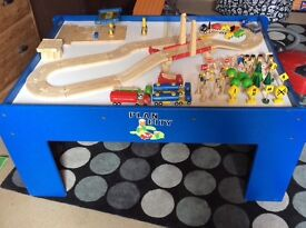 Plan city / Brio play table with road & rail set and much more!