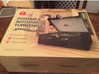 BRAND NEW - VINTAGE STYLE TURNTABLE IN SUITCASE WITH BLUETOOTH!
