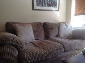 3 SEATER SOFA DFS LIKE NEW BARGAIN