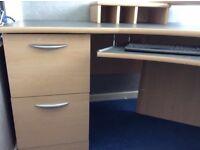 Computer / office desk