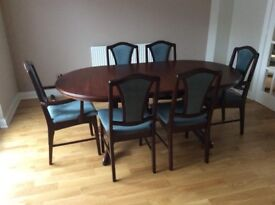 Solid Dark wood extendable Dining table with 6 chairs