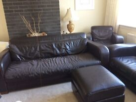 Cracking 3 seater, 2 seater and armchair along with poofie