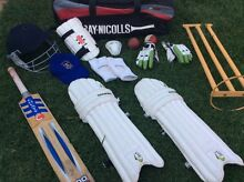 Young Adult Cricket Gear Set Altona Hobsons Bay Area Preview