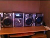 Panasonic Hifi 2 speakers and sub woofer.
