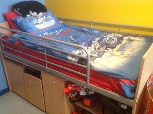 Single bunk/loft bed with desks and mattress package Edensor Park Fairfield Area Preview