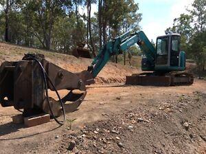 Excavator hire, 7.5. Tonne. Childers Bundaberg Surrounds Preview