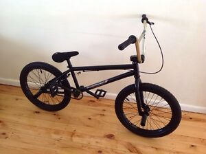 "Bmx whether people justice 20"" bicycle 4130 Cr-mo like new street,jump Blacktown Blacktown Area Preview"