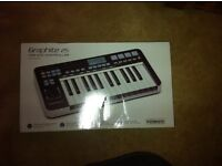 New unused boxed Samson Graphite 25 USB MIDI Keyboard Controller