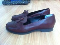 Womens Oxblood Red Real Leather Size 5 Loafers
