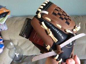 Kids glove (for a lefty)