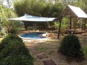 7 acres with large and spacious house with pool. Humpty Doo Litchfield Area Preview