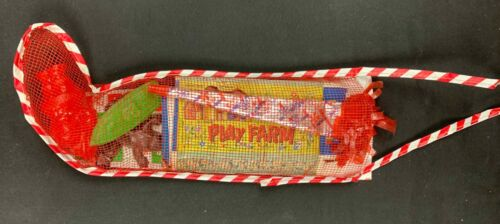 "VINTAGE 1950'S 14""MESH TOY AND GAME FILLED CHRISTMAS STOCKING"