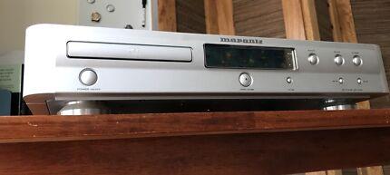Marantz CD-17 MKIII with remote.