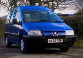peugeot expert 1.9 diesel with access for the disabled wheelchair L@@K only 29,000 miles