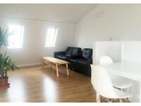 1 Bedroom Available in Awesome 2 Bedroom Broadway Market Flat