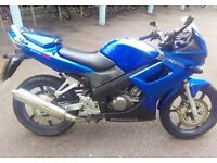 CBR 125 R5 2005, Excellent condition, full service history, 10,000 miles, ideal first bike