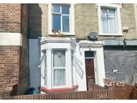 Large Ground floor self contained Studio Flat in Caledonian Road, N7