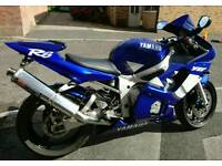 2000 X REG YAMAHA R6 VERY GOOD CONDITION(WOULD ALSO SWAP)