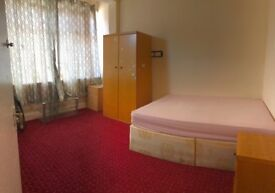 A fantastic double room to rent in Ilford/BARKING INCLUDING BILLS