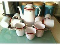 Vintage Alfred Meakin Glo-white Coffee Set.