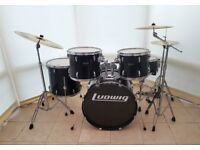 Ludwig Accent Black 5 Piece Full Drum Kit (22in Bass) + All Stands + Cymbal set
