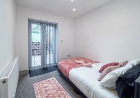 NEW MODERN ENSUITE ROOMS IN HENDON CLOSE TO STATION AND PARKING AVAILABLE.