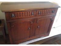 Dresser / cupboard