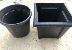 2 Black Garden Pots