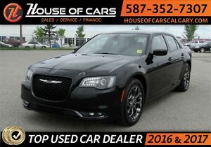 2016 Chrysler 300 S / Navigation / Sunroof / Back Up Camera