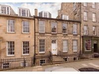 Well presented, 1 double bedroom 2 floor apartment situated on Albany Street in the New Town.