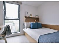 STUDENT ROOM TO RENT IN BRISTOL. EN-SUITE AND STUDIO WITH PRIVATE ROOM, BATHROOM AND STUDY SPACE