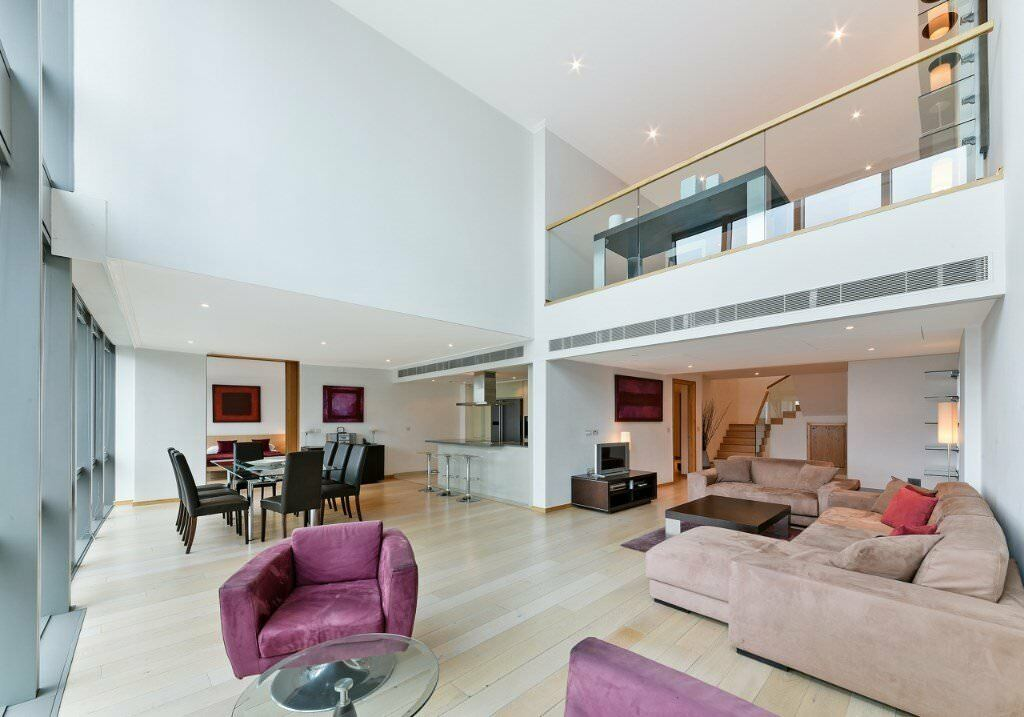 3 Bedroom Duplex Apartment 1750pw Available Now Canary Wharf E14 Sa