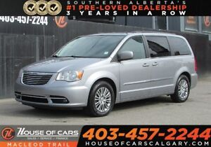 2014 Chrysler Town & Country Touring-L- Remote Power Doors BU Ca